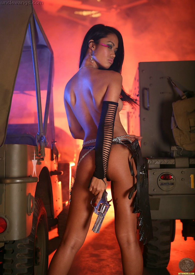 sexy nude babes with guns